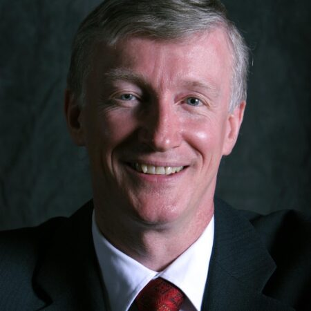 IHPME alum and Executive-in-Residence Malcolm Moffat